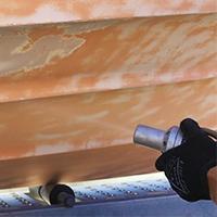 Soodapuhallus on omiaan rakennusten seinien, kuten hirsi- ja puuseinien maalinpoistoon, graffitien ja maalin poistoon kiviseiniltä, maalien poistoon ajoneuvoista ja veneistä sekä lian, rasvan, pinnoitteiden ja maalin poistoon ylipäätään.